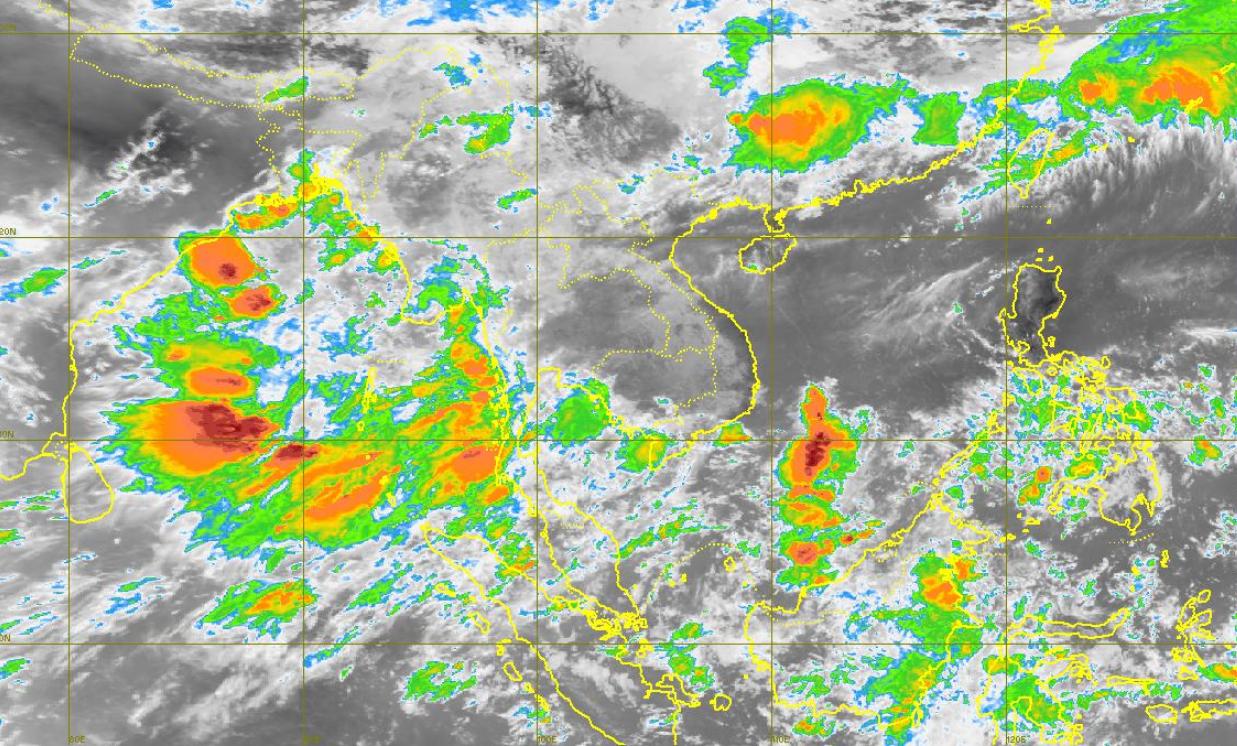 อุตุฯ เผย กทม.ฟ้าคะนอง 60% กลาง-ตะวันออก-ใต้ ฝนตกต่อเนื่อง