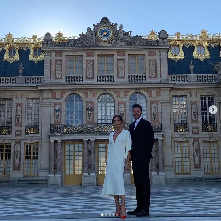 เดวิด - วิคตอเรีย เบคแคม เช่าพระราชวังแวร์ซาย ฉลองครบรอบแต่งงาน 20 ปี