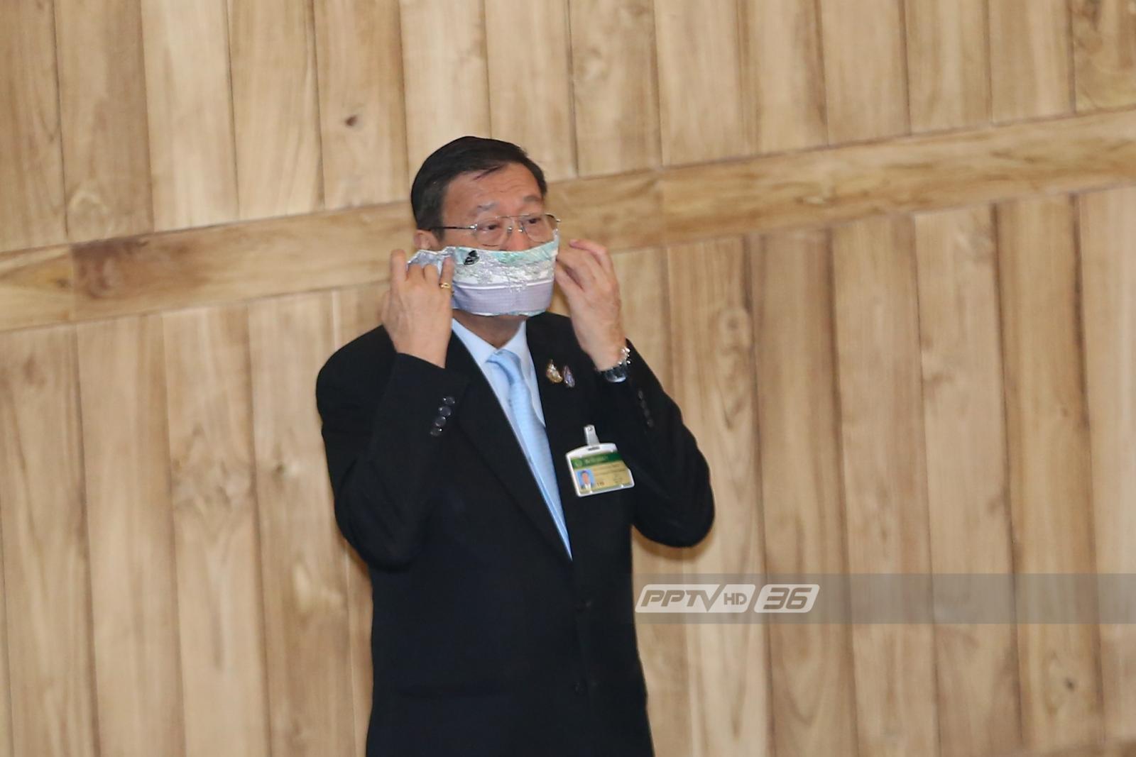 """ส.ว.สวมหน้ากากกันฝุ่น ประเดิมใช้ห้อง """"จันทรา"""" รัฐสภาแห่งใหม่"""