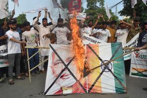 อินเดียป่วนหลังยกเลิกสถานะพิเศษแคชเมียร์