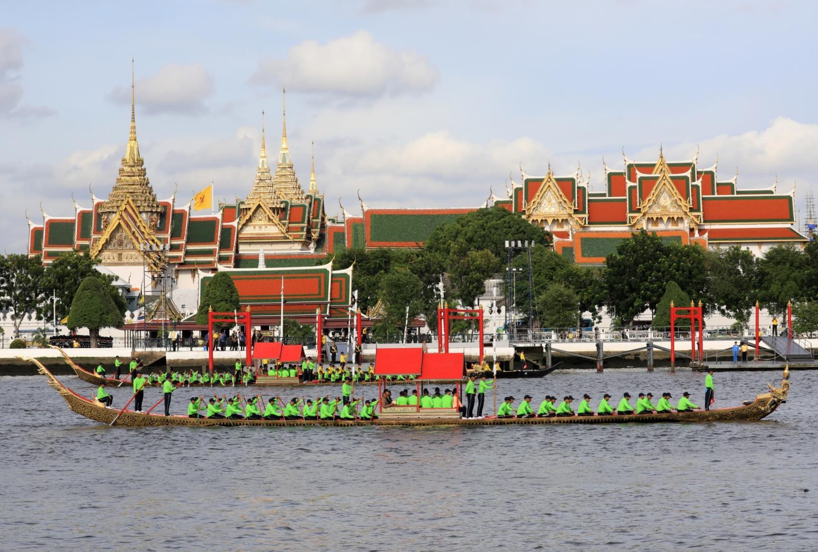 แจ้งปิดการจราจรทางน้ำ ซ้อมขบวนเรือพระราชพิธีพรุ่งนี้