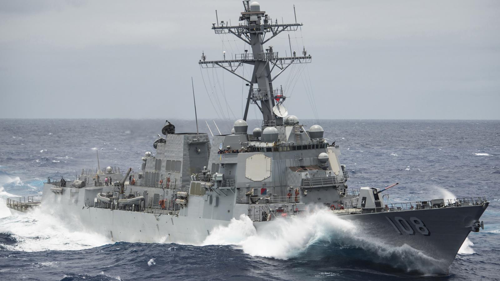 """""""สหรัฐฯ"""" ส่งเรือพิฆาตเฉียด หมู่เกาะในทะเลจีนใต้"""