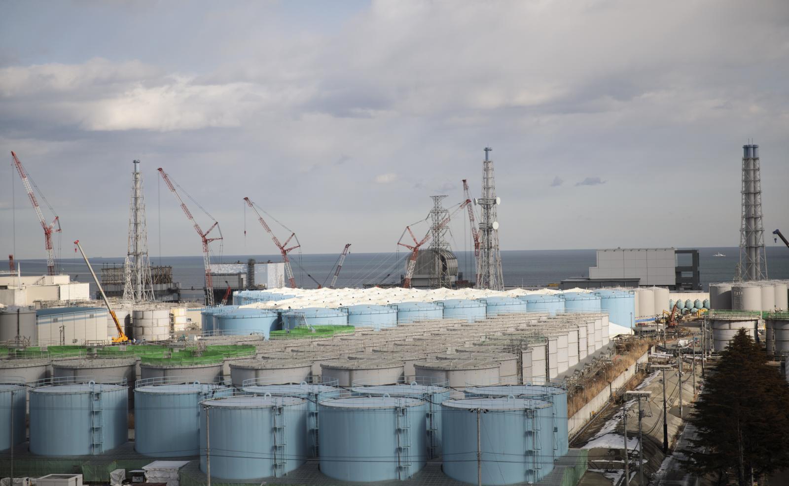 """""""ญี่ปุ่น"""" เล็งปล่อยน้ำปนเปื้อนกัมมันตรังสี ออกจากโรงไฟฟ้า """"ฟูกูชิมะ"""" หลังแทงค์ใกล้เต็ม"""