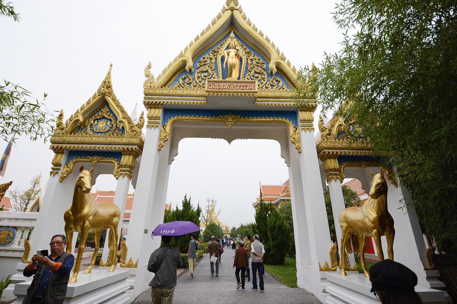 """ชม """"วัดเหมอัศวราช"""" วัดไทยในจีน   วัดนี้ที่ """"วัฒนา อัศวเหม"""" ทุ่มทุนสร้าง"""