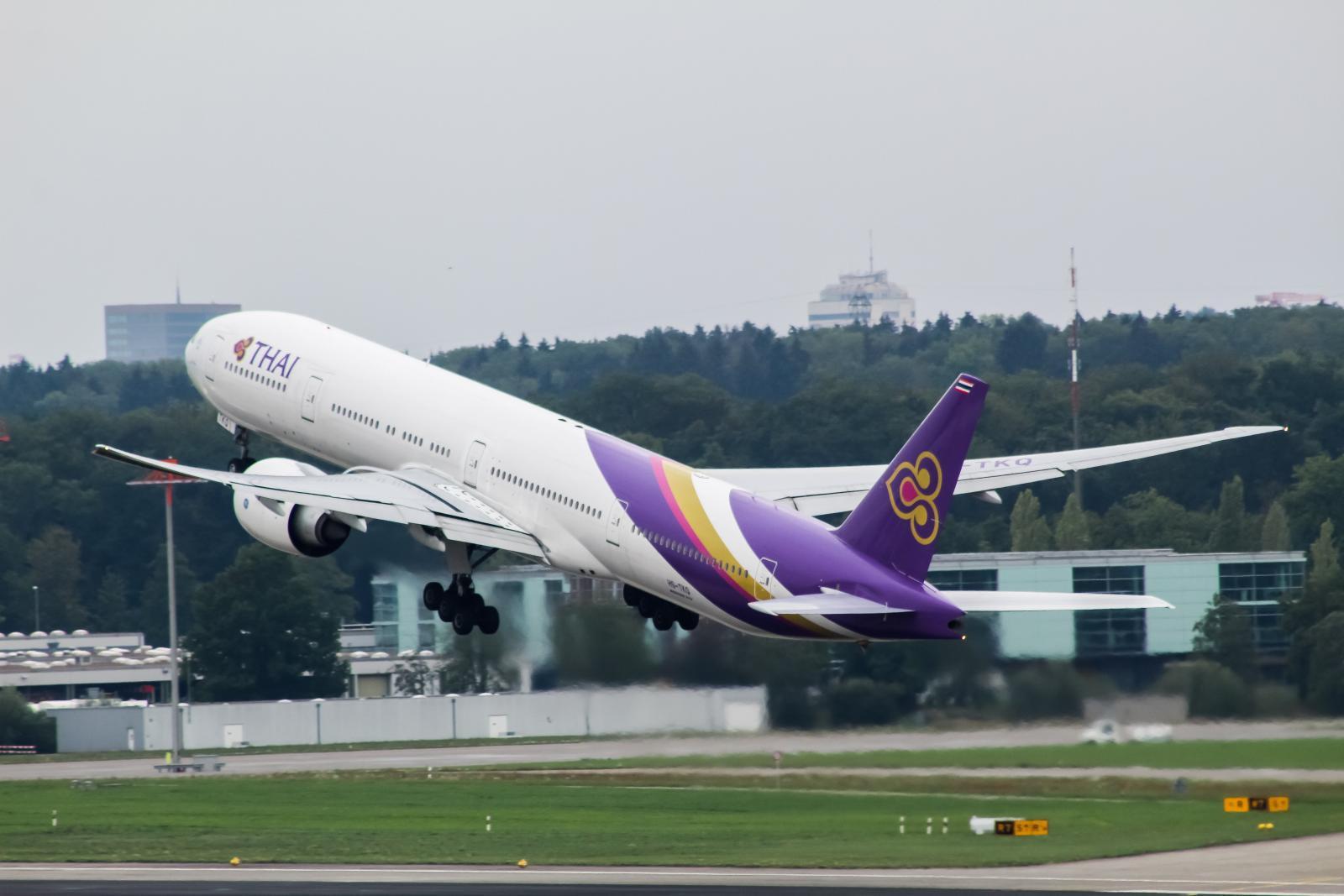"""บอร์ดการบินไทย สั่งทบทวนแผนซื้อฝูงบิน 38 ลำ ใน 6 เดือน  - """"สุเมธ"""" ผ่าน KPI หวุดหวิด"""
