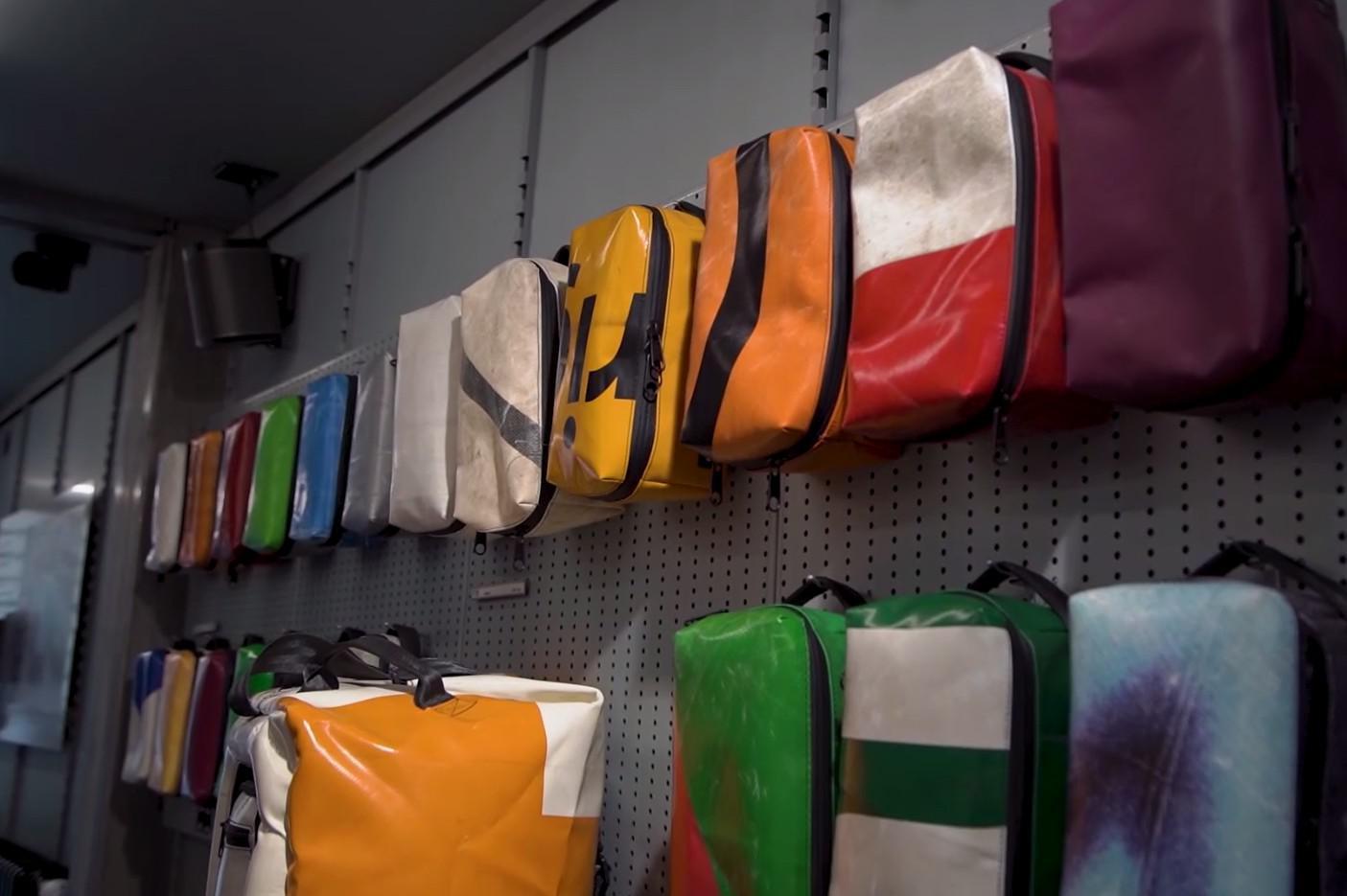 กระเป๋าผ้าใบรถบรรทุก