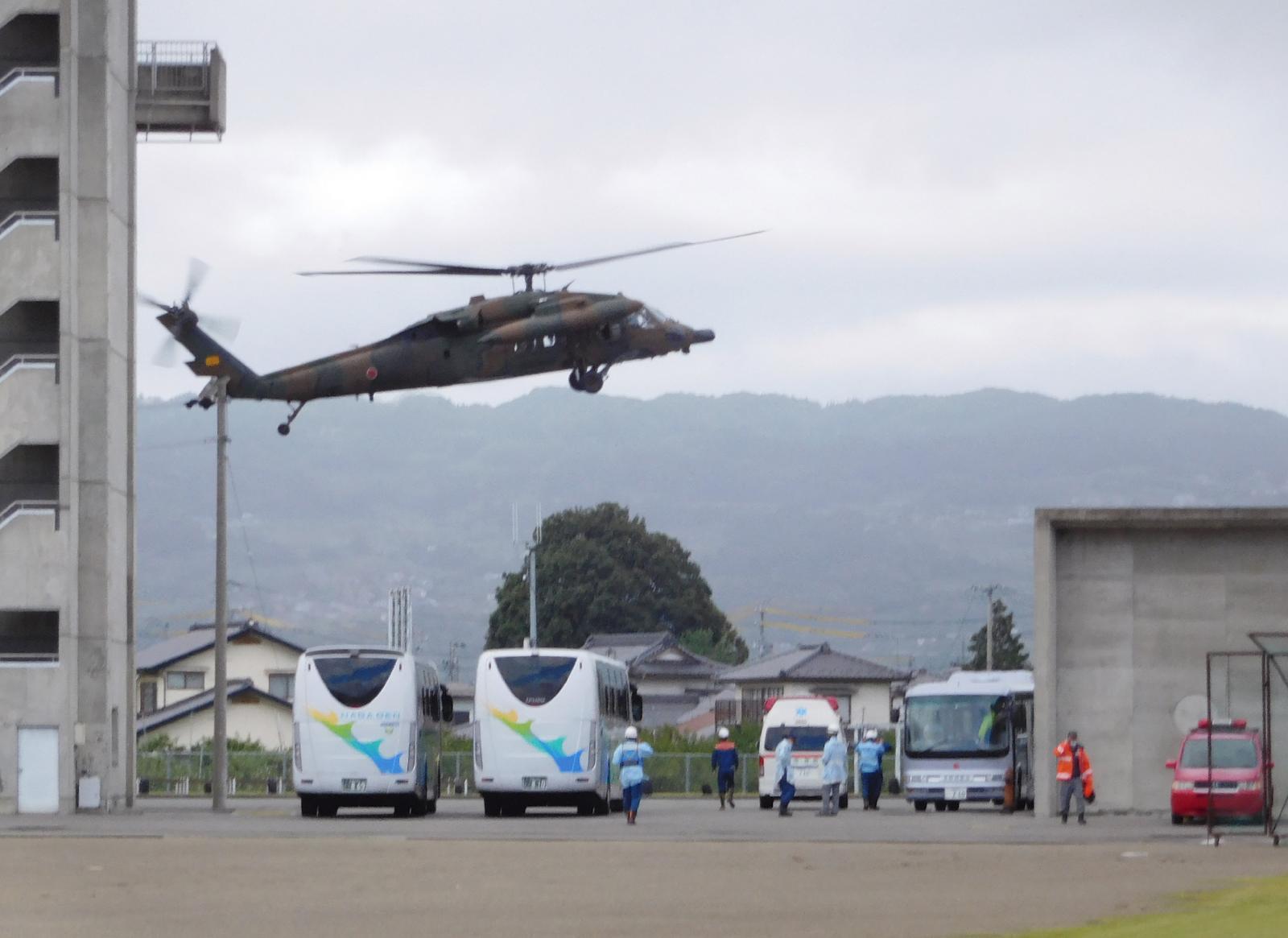 """ญี่ปุ่น สำรวจความเสียหาย-ช่วยผู้ประสบภัย ไต้ฝุ่น """"ฮากิบิส"""" ยอดผู้เสียชีวิตล่าสุด 26 คน"""