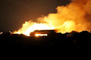 ไฟไหม้ปราสาทมรดกโลกอายุ 600 ปีในญี่ปุ่น