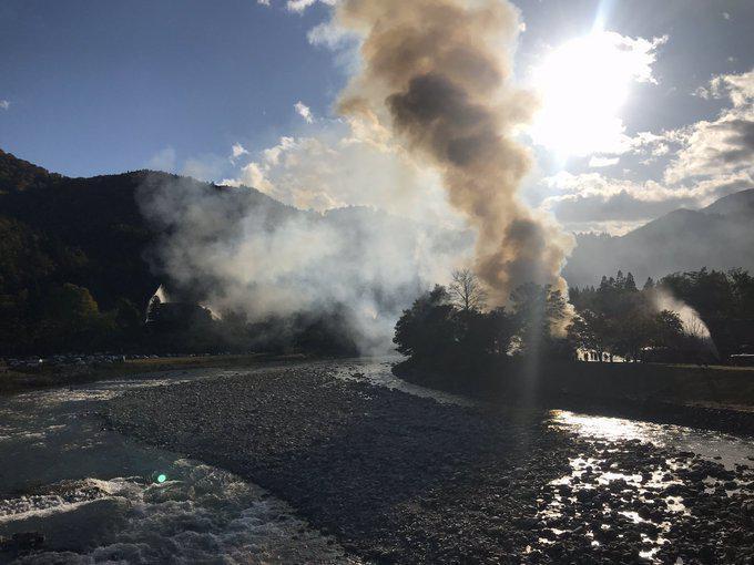 เกิดเหตุไฟไหม้หมู่บ้านชิราคาวาโกะเมืองมรดกโลก