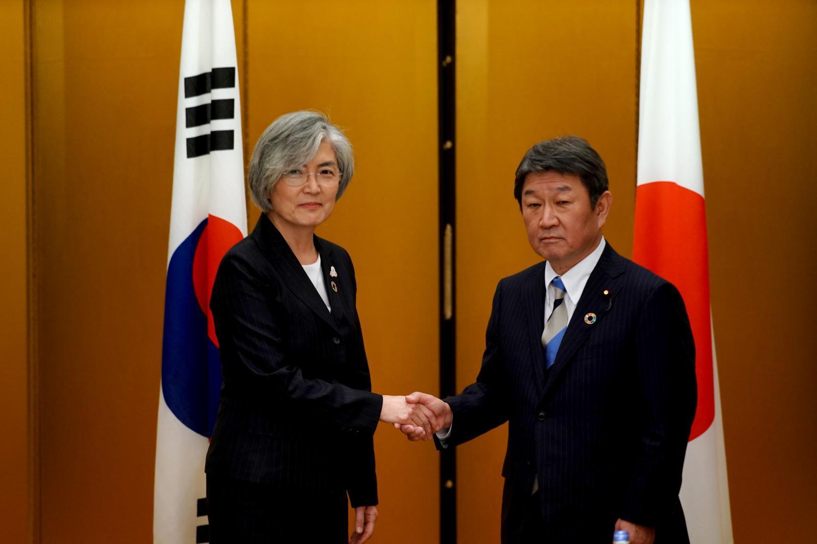 ลดความตึงเครียด! เกาหลีใต้-ญี่ปุ่น เห็นพ้องจัดประชุมสุดยอดสองผู้นำ ธ.ค.นี้
