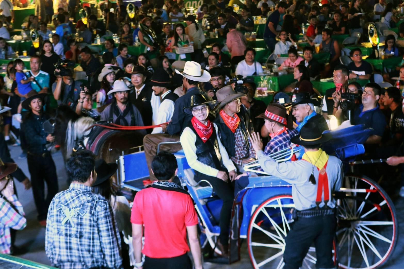โคราช คึกคัก จัดเทศกาลอาหารส่งท้ายปลายปีของเมืองย่าโม งานเทศกาลอาหารย่าง ณ โคราช 2019  หรือ BBQ FBSTIVA ครั้งที่ 13 หวังกระตุ้นเศรษฐกิจท่องเที่ยว