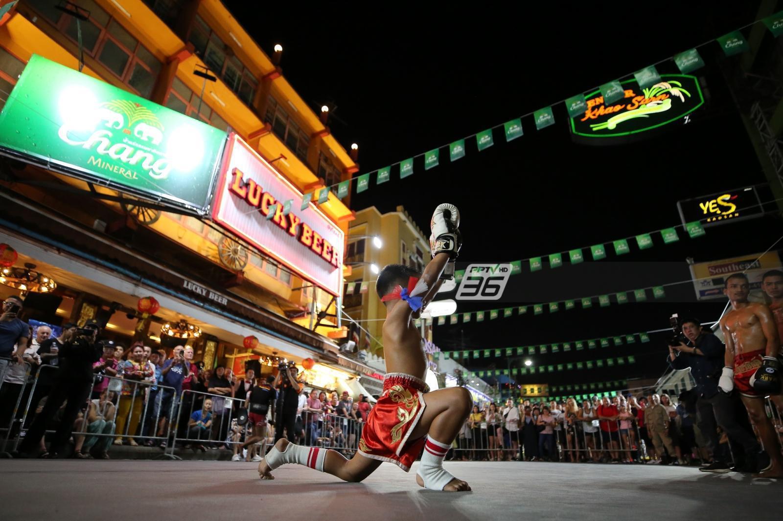 """""""เดิน กิน ชิม เที่ยว"""" ถนนคนเดินข้าวสารทุกวันจันทร์ ส่วนสีลมนัดหน้า 19 ม.ค. 63"""