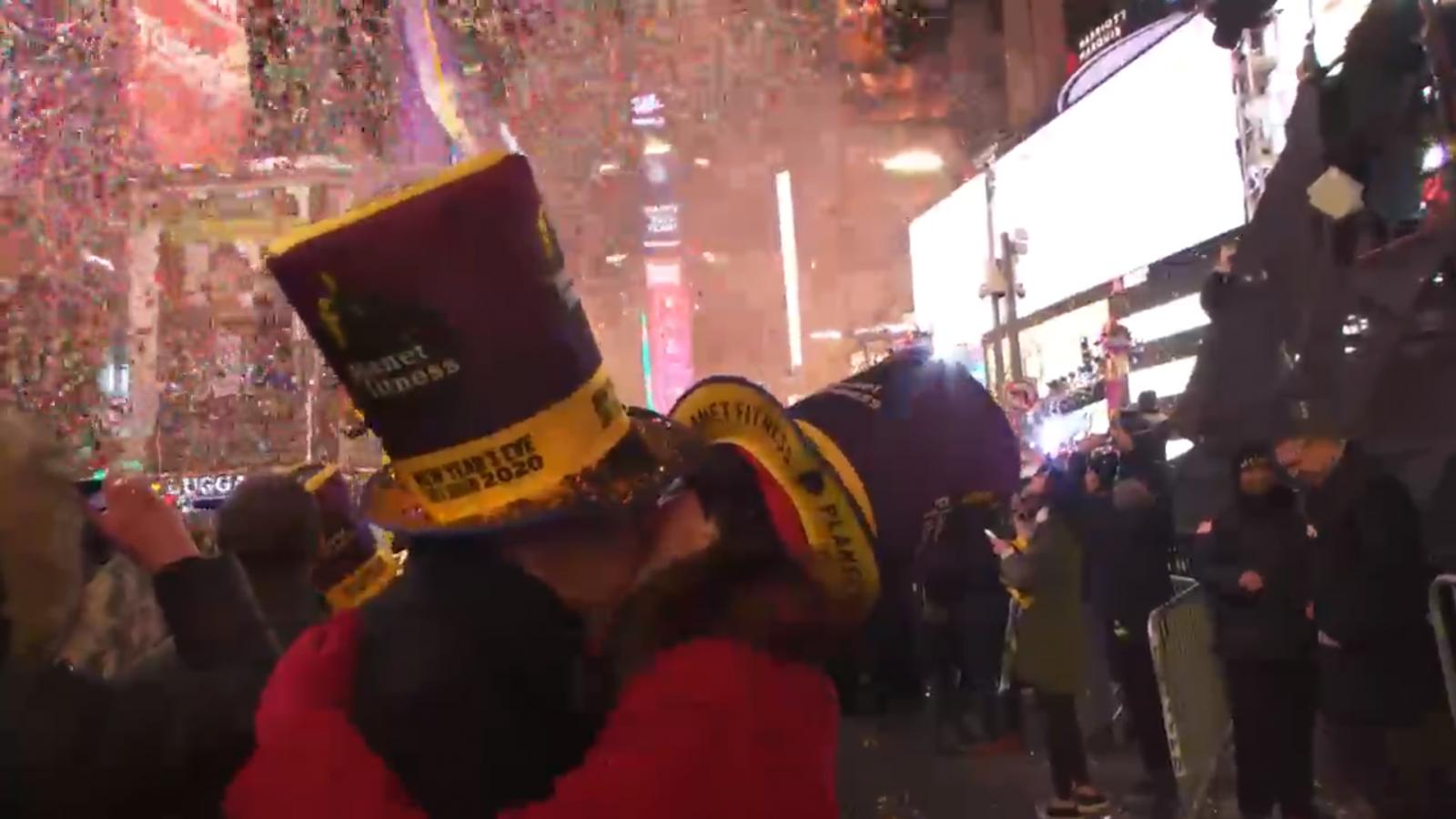 บรรยากาศ นิวยอร์ก นับถอยหลังเข้าสู่ปี 2020 ที่จัตุรัสไทม์สแควร์
