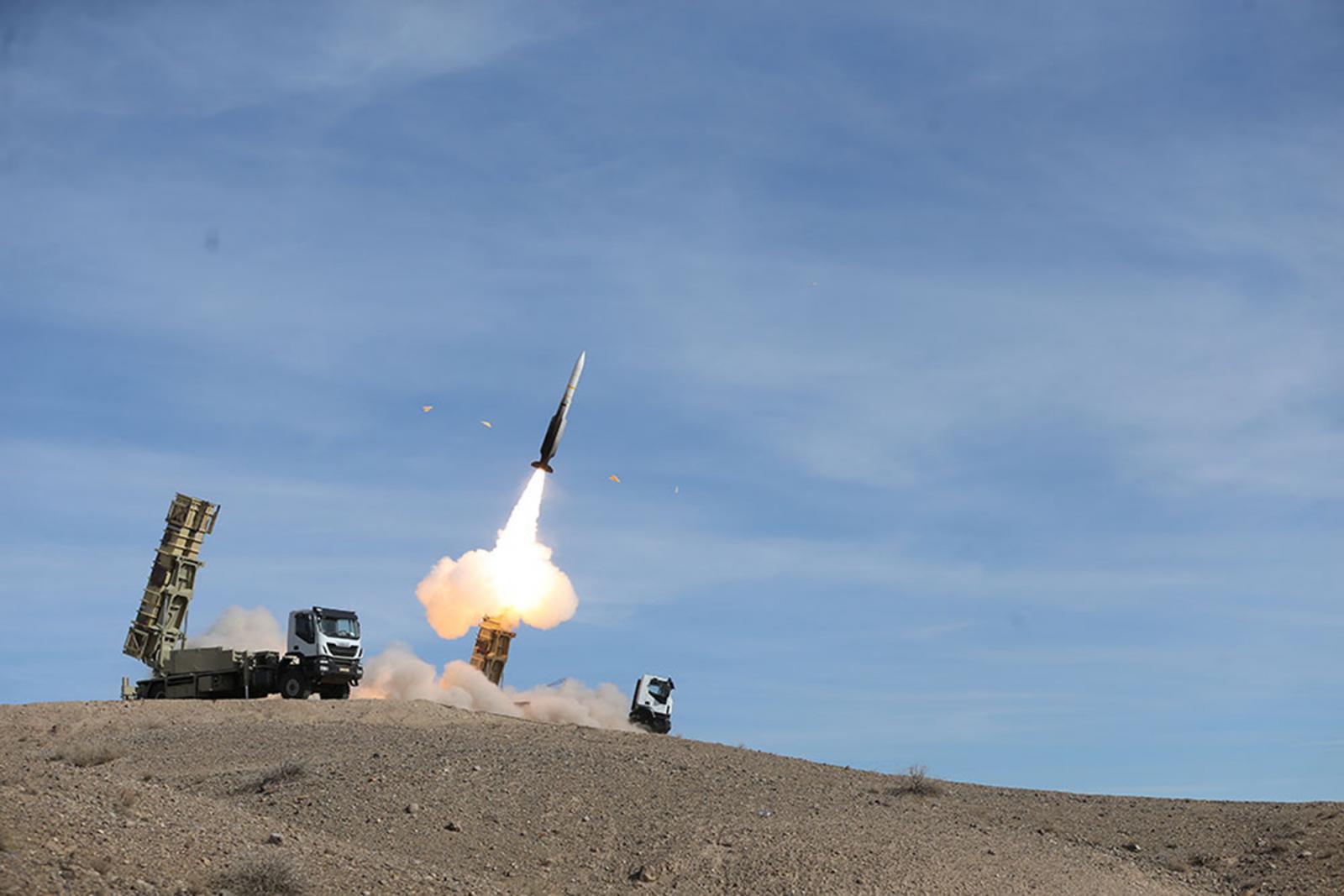 ด่วน! อิหร่าน เปิดฉากยิงขีปนาวุธ ถล่มฐานทัพสหรัฐฯ ในอิรัก