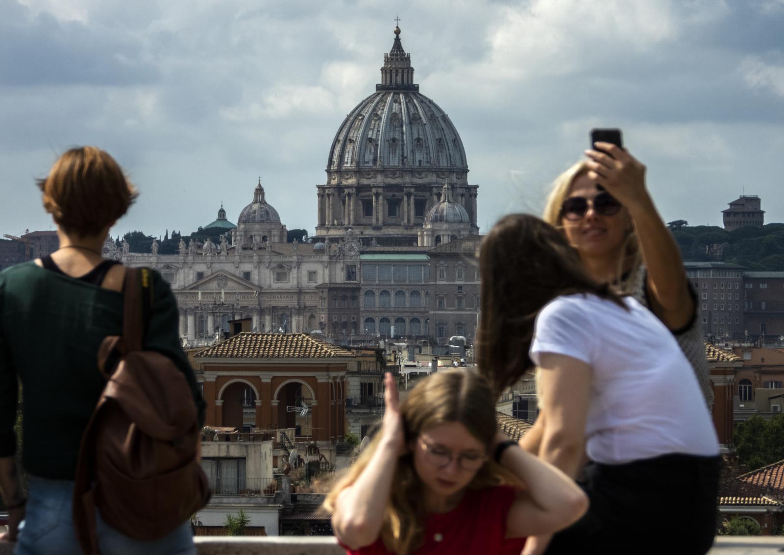 """50 อันดับประเทศ """"อันตราย"""" สำหรับผู้หญิงที่ชอบท่องเที่ยวคนเดียว"""