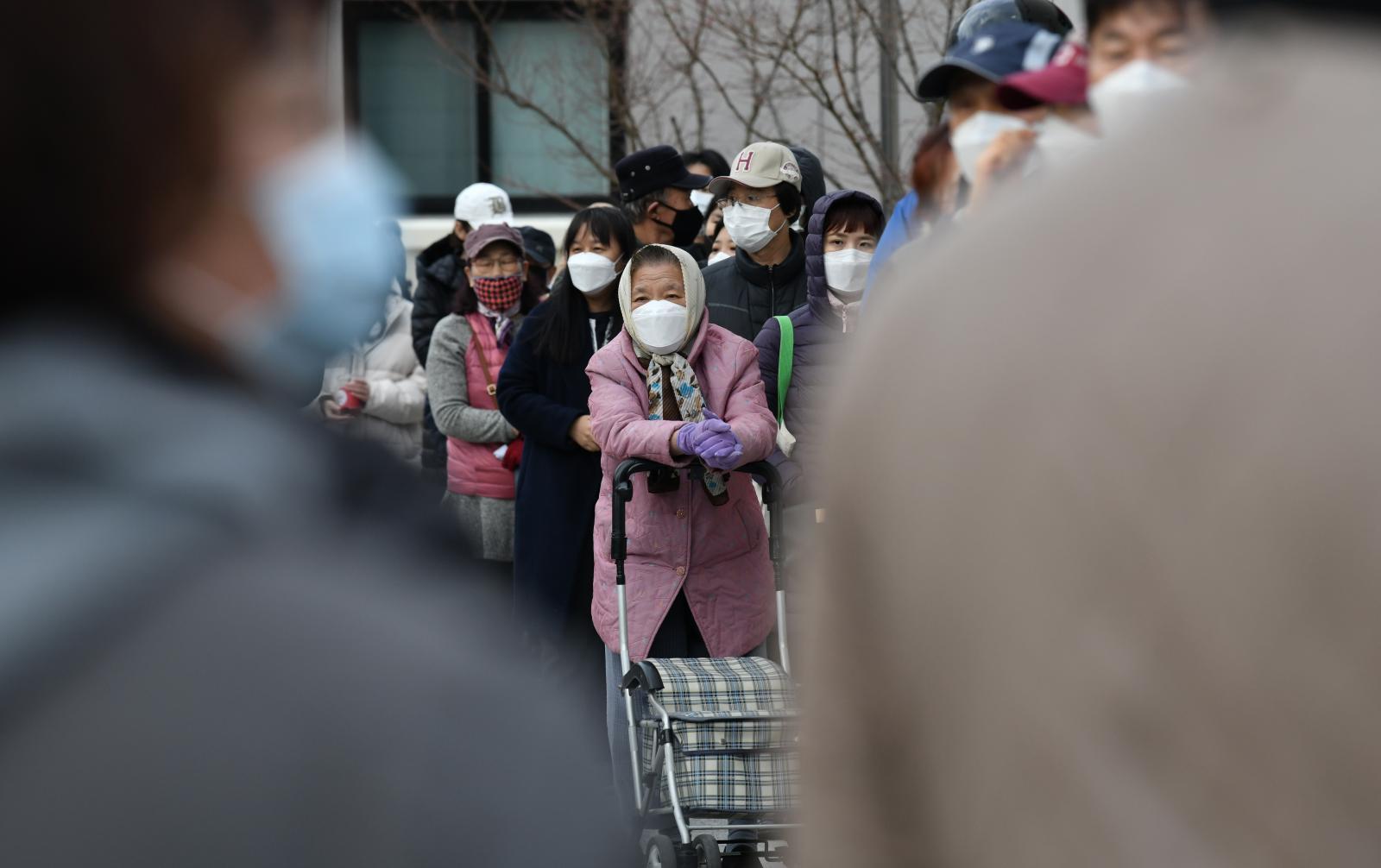 จีนเล็งปลดล็อกดาวน์-เร่งฟื้นฟูเศรษฐกิจ