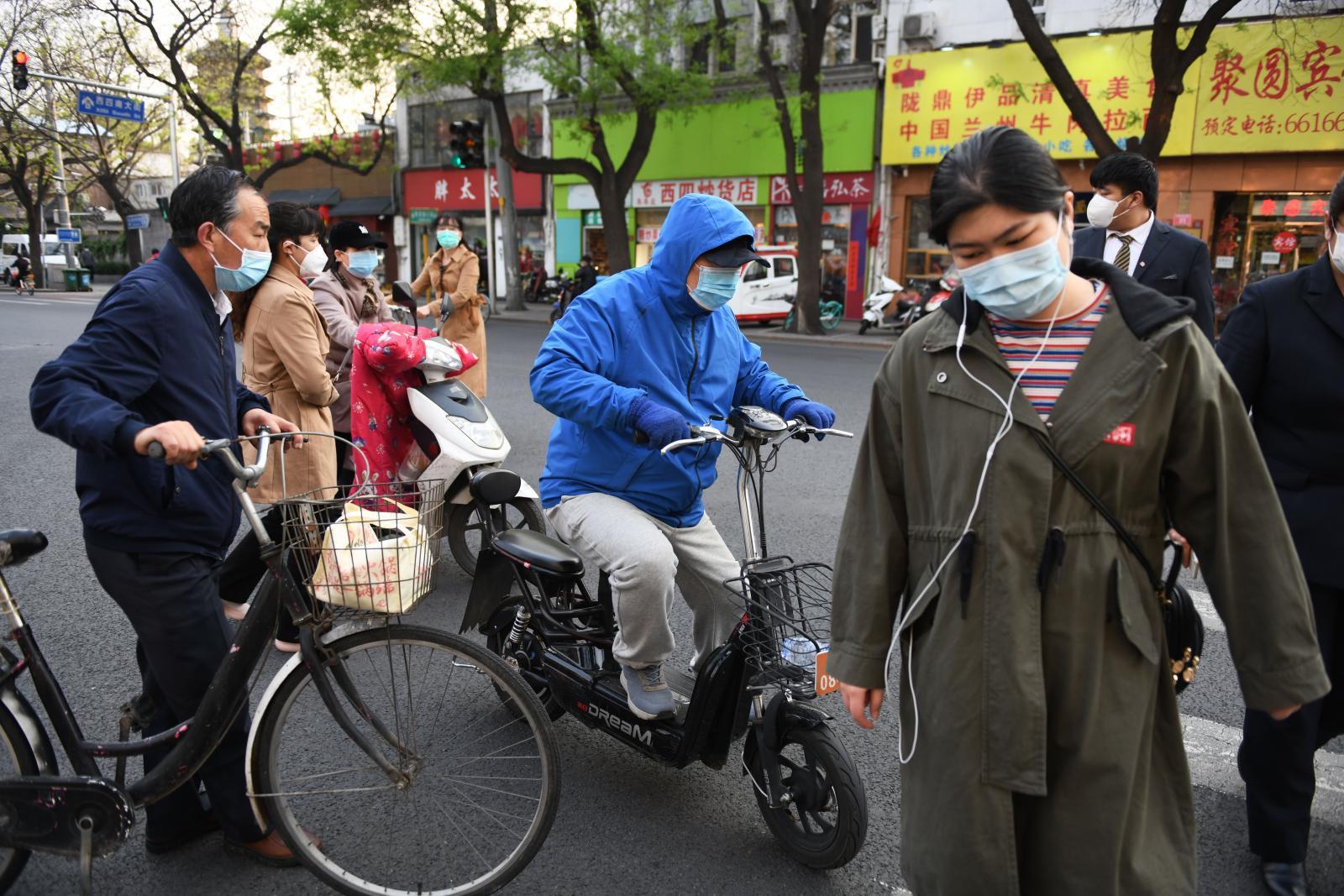 WHO ป้องจีนแก้ไขตัวเลขโควิด-19 เพื่อไม่ให้ตกหล่น