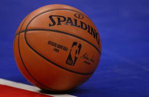 บาส NBA ลดค่าจ้างผู้เล่น 25 เปอร์เซ็นต์