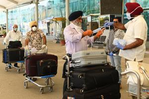 อินเดียเริ่มอพยพประชาชนกลับประเทศครั้งใหญ่