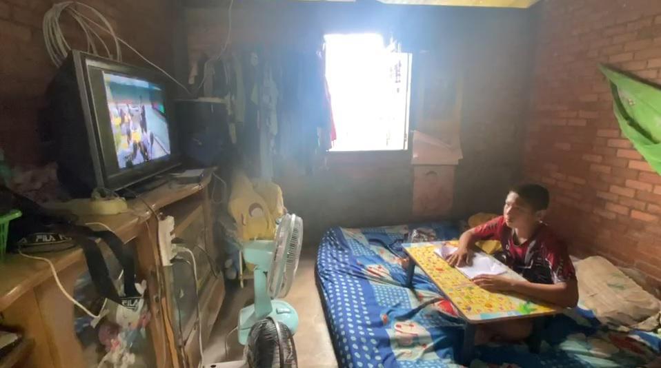 ณัฐพล ลงพื้นที่สำรวจปัญหา เรียนออนไลน์ วันแรก พร้อมแก้ไข หลังระบบ DLTV ล่ม