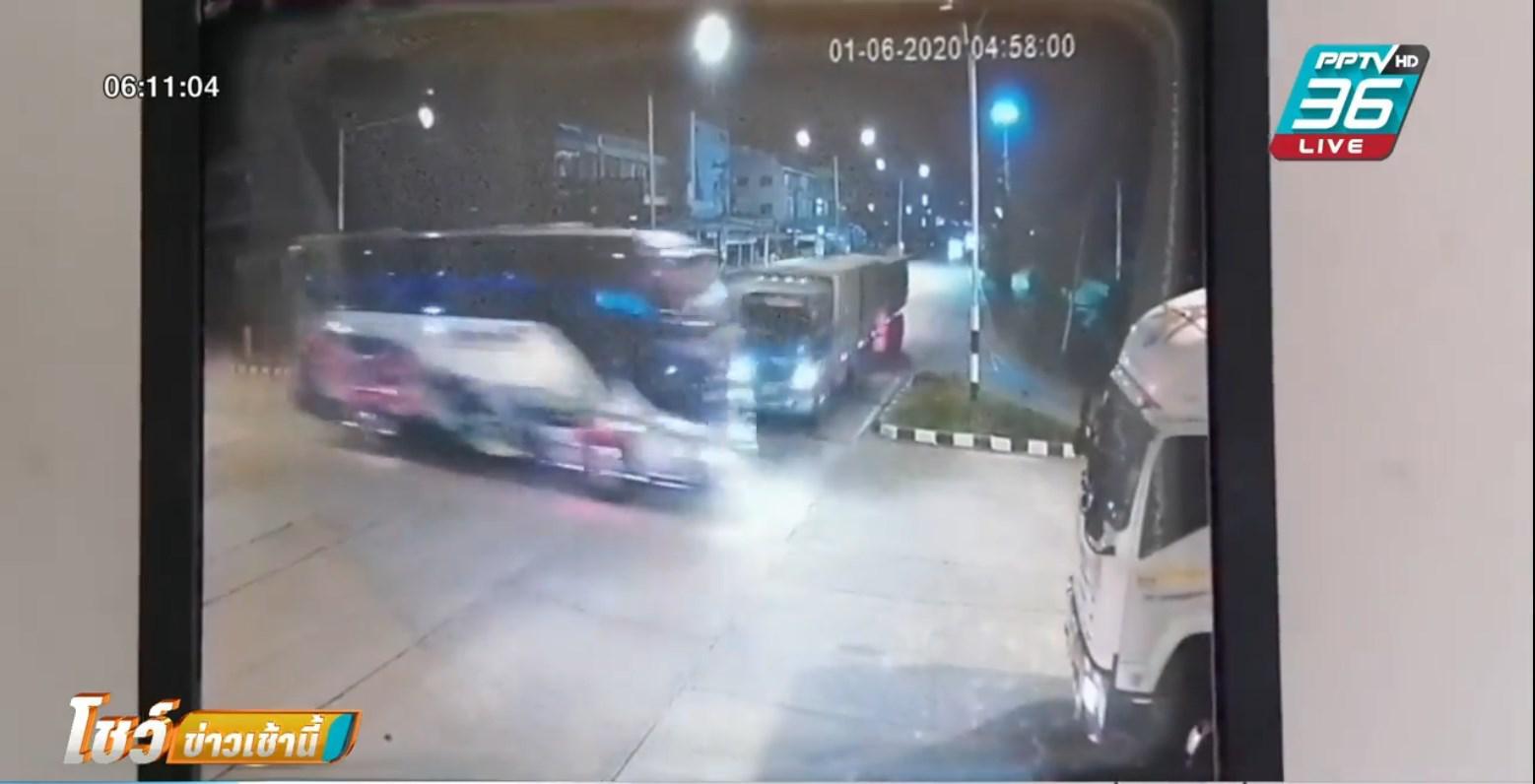 เผยคลิป รถพ่วงชนกลางลำรถบัสรับส่งพนง.กระเด็นชนรถน้ำมันอีกต่อ