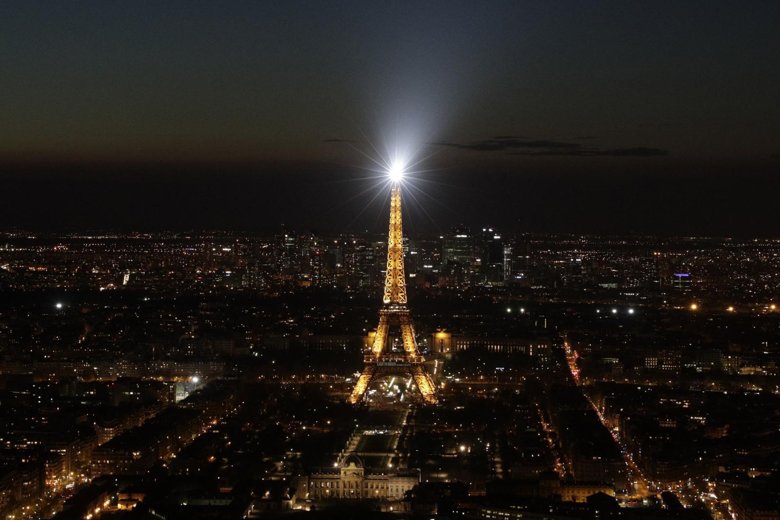 """ฝรั่งเศสเตรียมกลับมาเปิด """"หอไอเฟล"""" รับนทท.อีกครั้ง"""