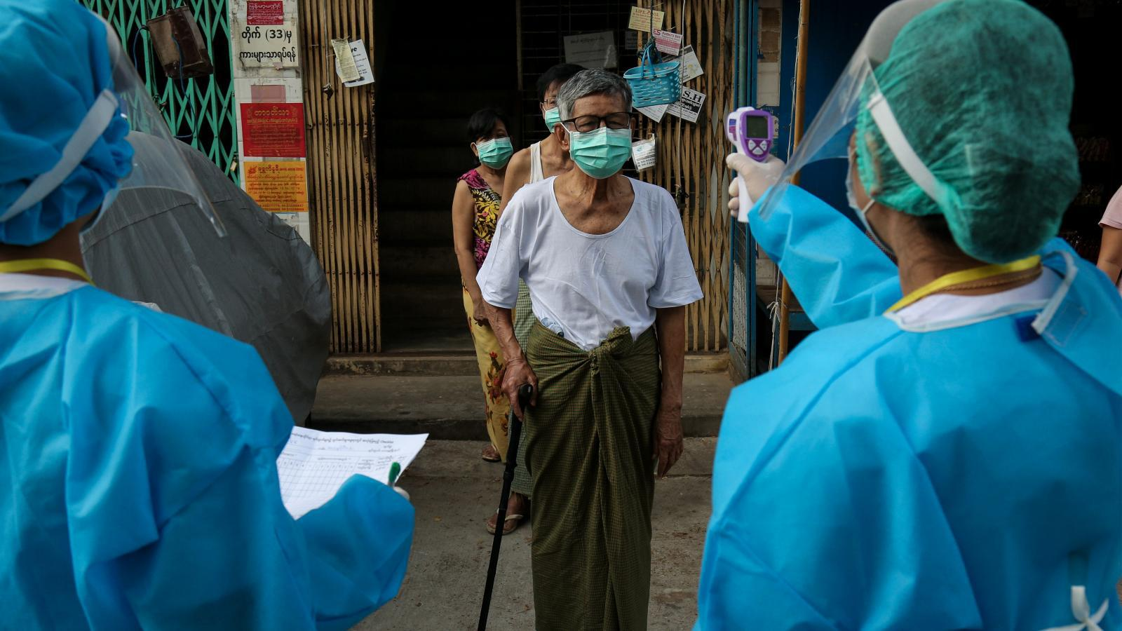 """เมียนมา พบผู้ป่วย โควิด-19 เพิ่ม 3 รายกลับจาก """"ไทย-อินเดีย"""""""