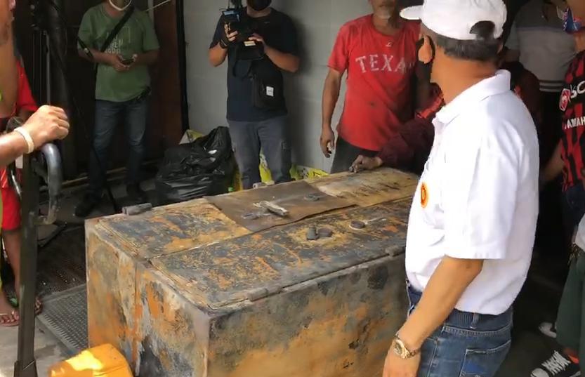 เจ้าของร้านทองตลาดยิ่งเจริญเศร้า ไหม้วอด ลุ้นทอง 30 กิโล ในเซฟไม่เสียหาย