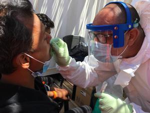 นักวิทย์กว่า 200 คน ชี้ โควิด-19 แพร่ทางอากาศได้ จี้ อนามัยโลก เร่งป้องกัน
