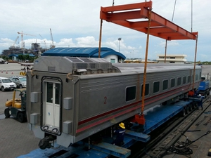 รถไฟโดยสารรุ่นใหม่รอบแรก 39 คัน ถึงไทยแล้ว
