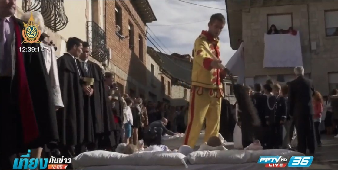 สเปนจัดเทศกาลกระโดดข้ามทารก ขจัดสิ่งชั่วร้าย
