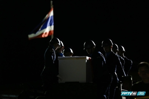 """""""ภาพชายชาติทหาร"""" ของเว็บไซต์ พีพีทีวี คว้ารางวัล ส.นักข่าวอาชญากรรม (คลิป)"""