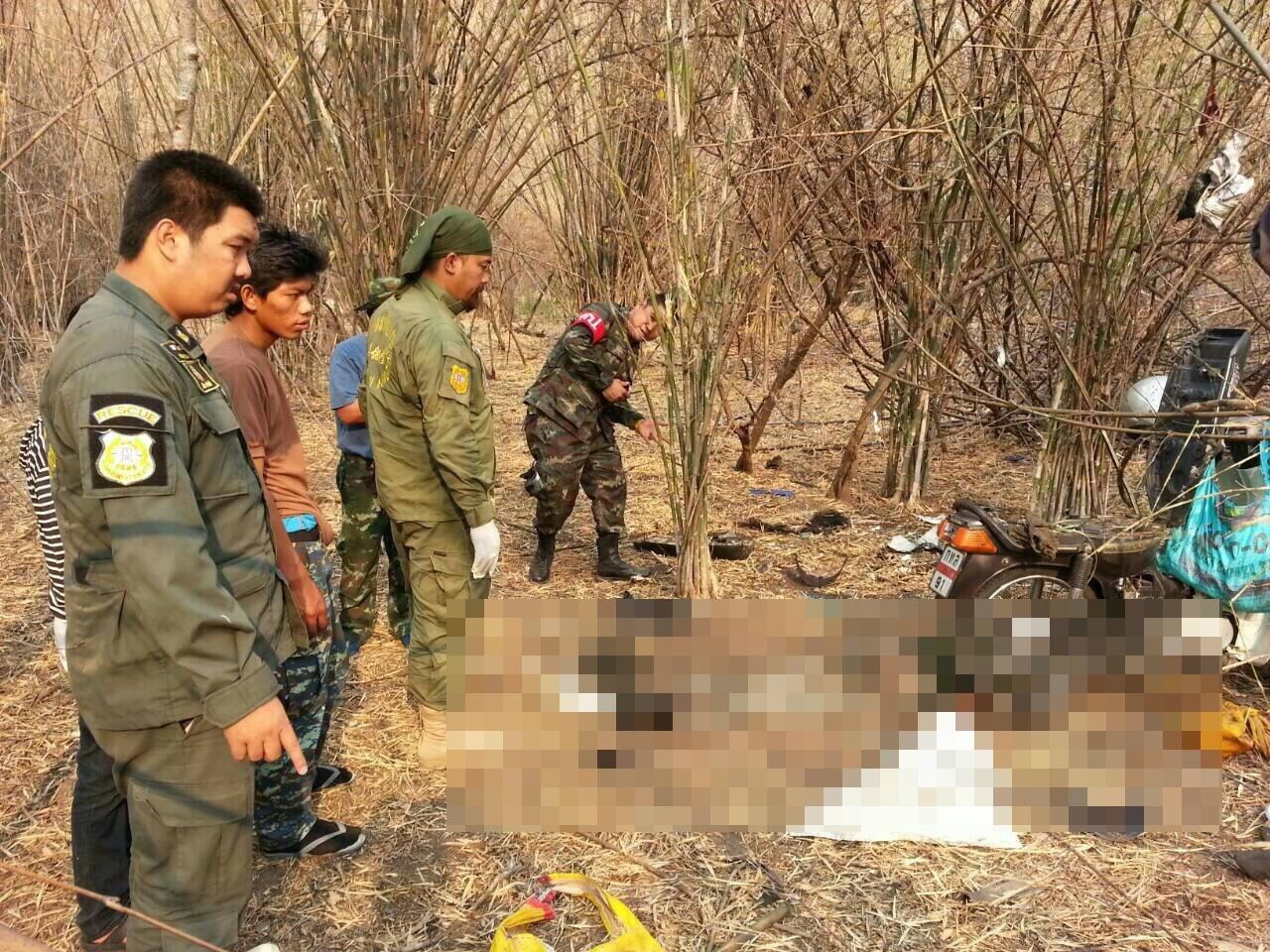 ลักลอบเข้าป่า จ.ลพบุรี นำลูกปืนใหญ่มาทุบเกิดระเบิดเสียชีวิตทันที 3 คน