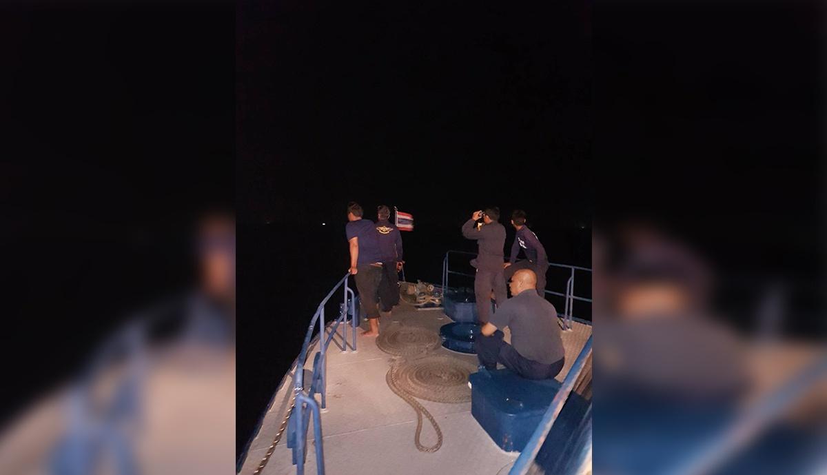 ตร.เร่งค้นหาเหตุเรือล่มที่จังหวัดชุมพรหาย 5 ราย
