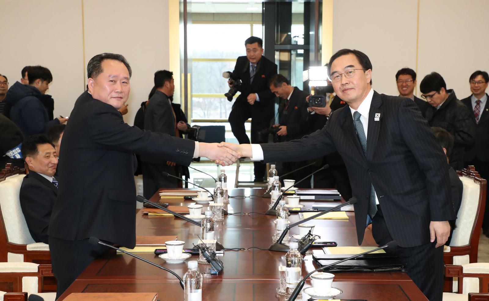 สองเกาหลีเปิดเจรจาอย่างเป็นทางการครั้งแรกในรอบ 2 ปี