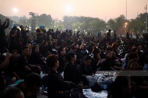 ปชช. 1.5 แสนคนเข้าร่วมพระราชพิธีฯ ท้องสนามหลวง