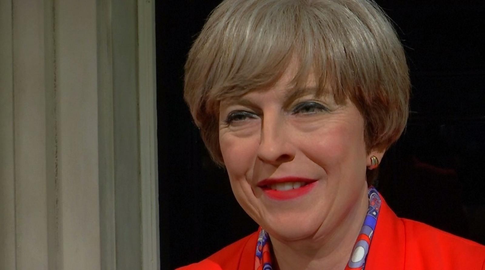 มาดามทุสโซด์ อวดโฉมหุ่นขี้ผึ้งนายกฯ อังกฤษ