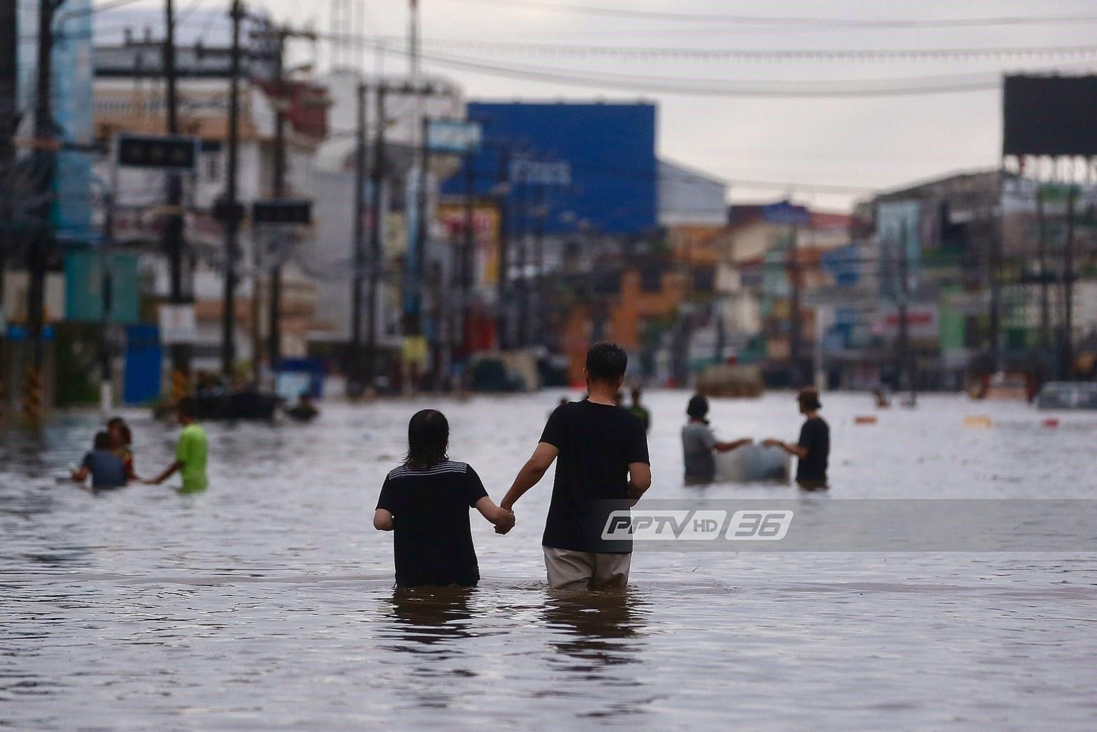 กรมสุขภาพจิตพบผู้ประสบภัยน้ำท่วมสกลนคร เสี่ยงฆ่าตัวตาย 10 ราย