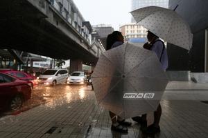 """อุตุฯเตือน """"อีสาน-ตะวันออก-กลาง"""" มีฝนฟ้าคะนอง ก่อนอุณหภูมิลดลง"""