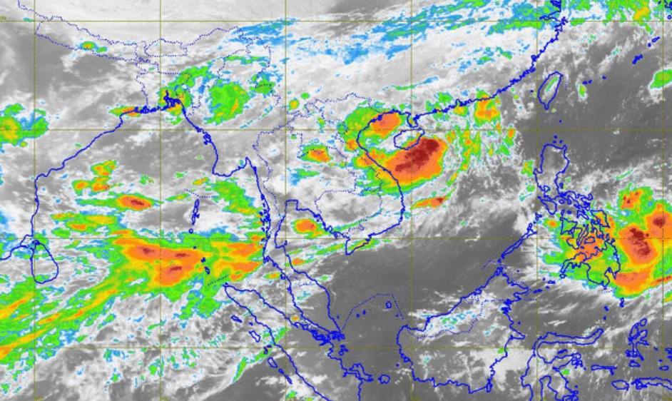 """อุตุฯ เผย """"พายุดีเปรสชัน"""" เข้าจีน -ไทยฝนตกหนักเกือบทั่วทุกภาค"""