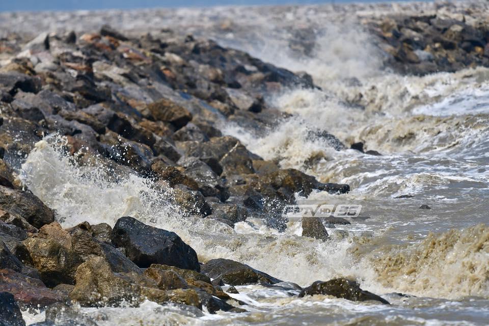 อุตุฯ เตือนไทยมีฝนเพิ่มขึ้น – ทะเลอันดามันคลื่นสูง 2-4 เมตร