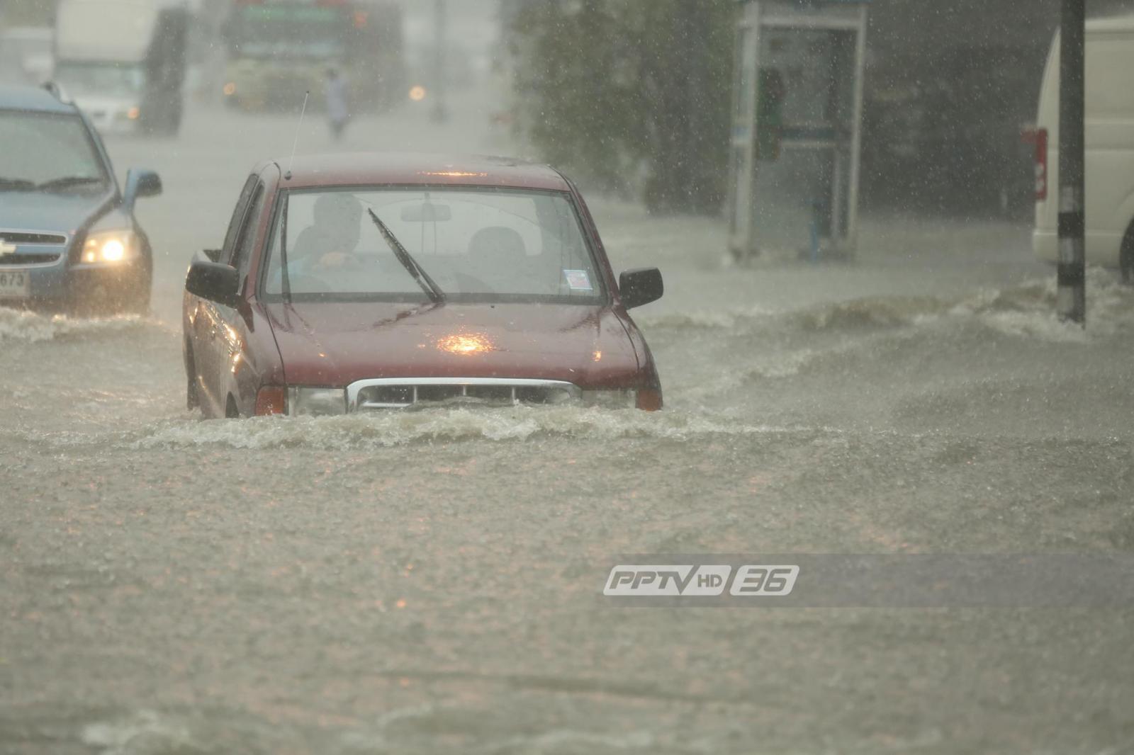 อุตุฯ เตือน 37 จังหวัดฝนตกหนักเสี่ยงน้ำท่วม