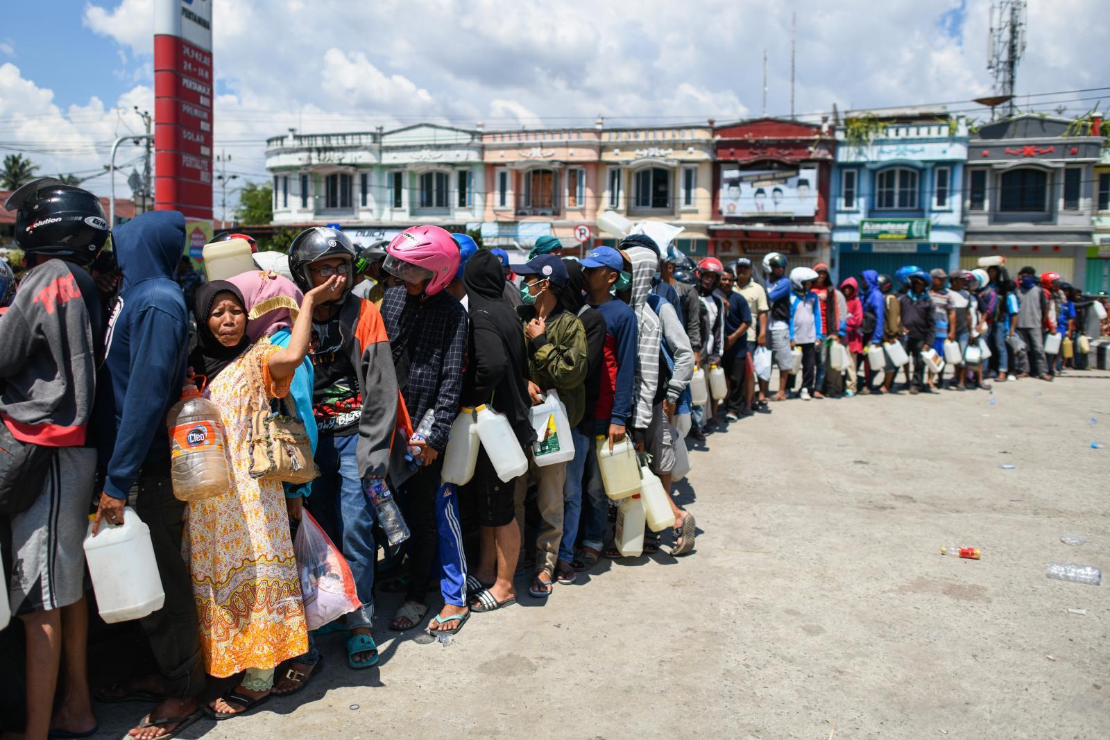 นานาชาติเร่งช่วยเหลือผู้ประสบภัยแผ่นดินไหว-สึนามิ อินโดฯ