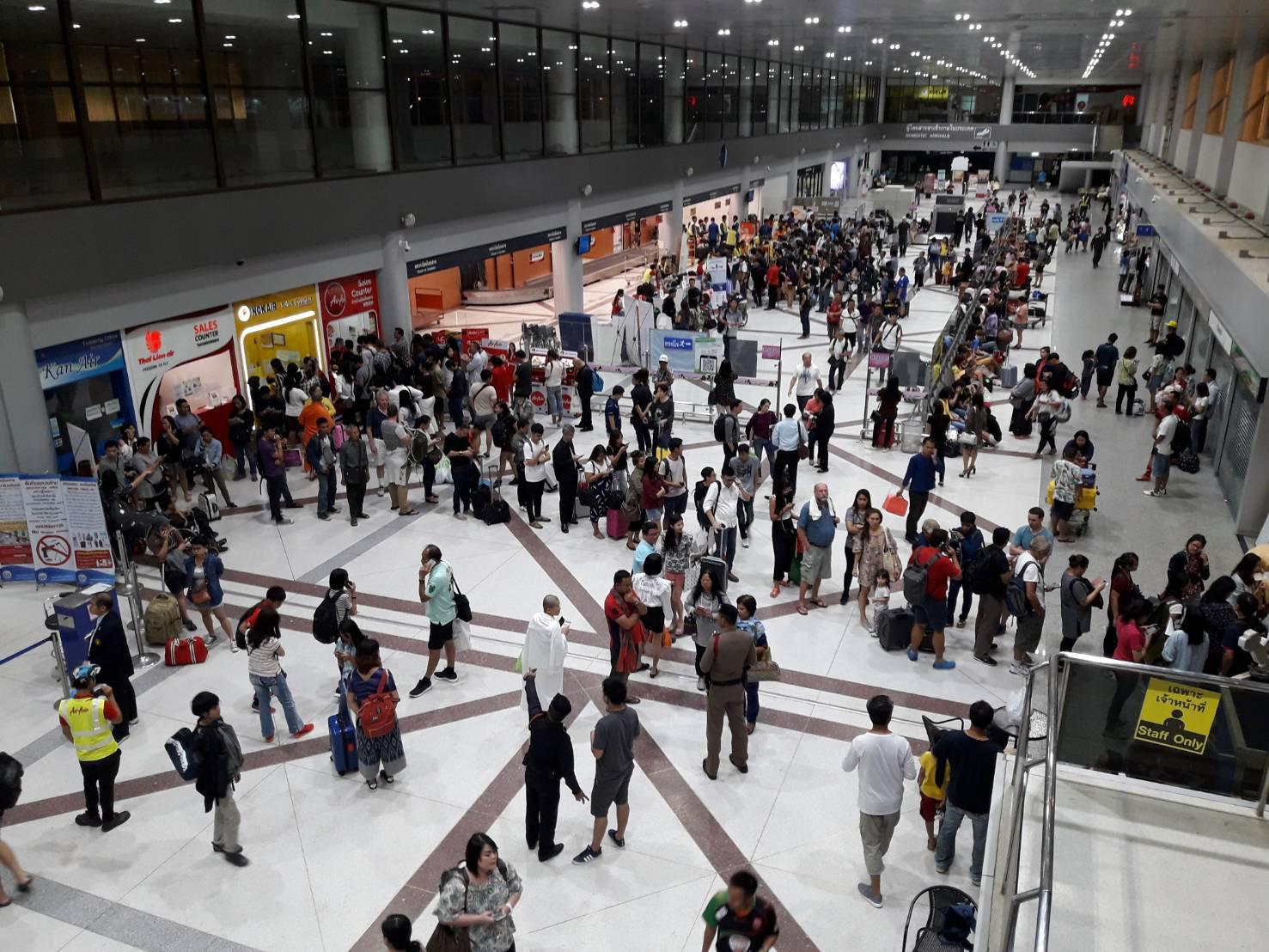 ไฟช็อตสนามบินนานาชาติอุบลฯไม่มีไฟส่องทางเครื่องบินขึ้นลงไม่ได้