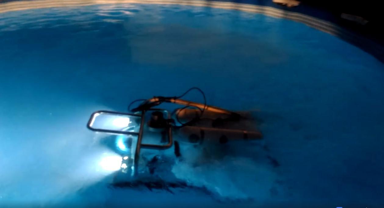"""ส่อง """"หุ่นยนต์ดำน้ำ-โดรน"""" อุปกรณ์ค้นหา 13 ชีวิต ติดถ้ำหลวง"""