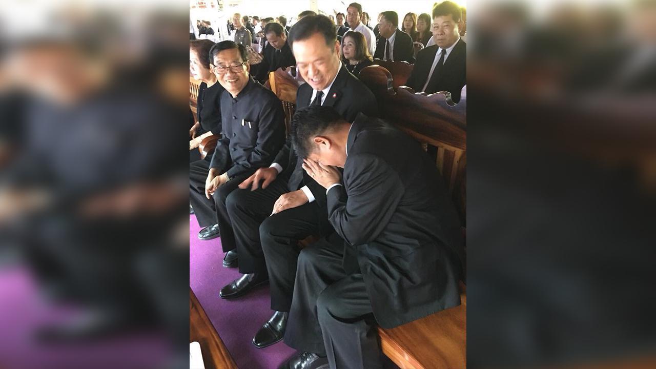 """""""แรมโบ้อีสาน""""ขอโทษ """"อนุทิน""""ในงานศพ หลังยื่น กกต.ยุบพรรคภูมิใจไทย"""
