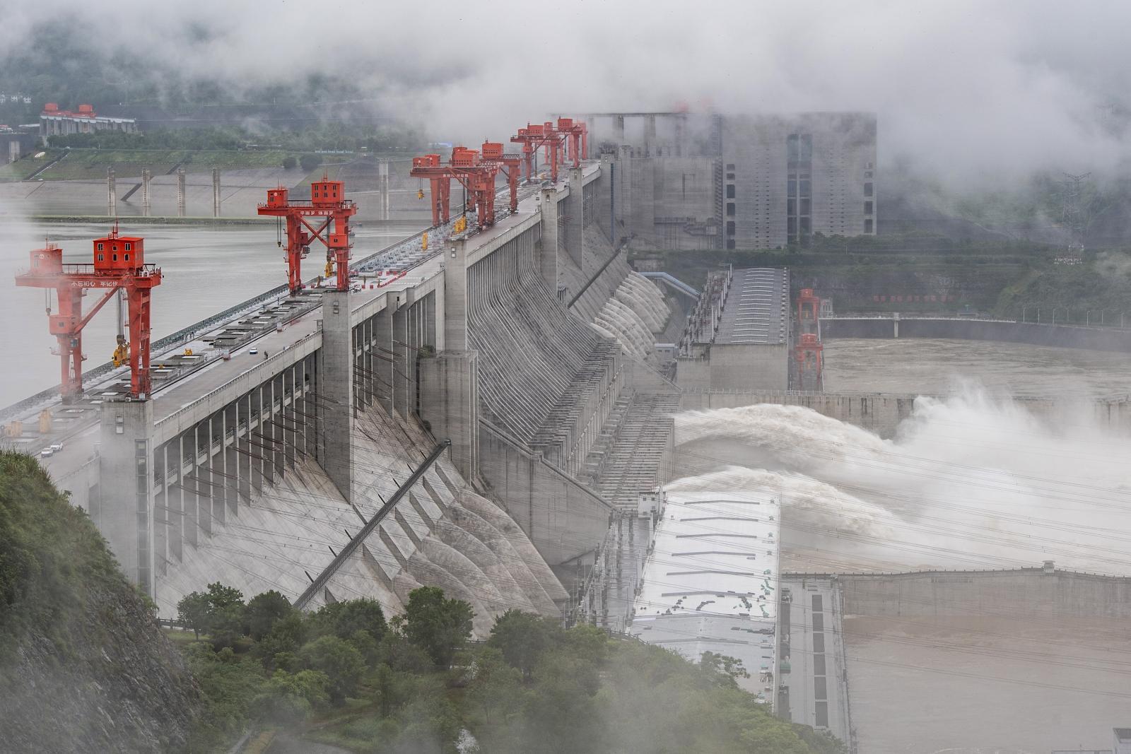 ภาพความเสียหายโบราณสถานอายุ 700 ปีของจีนที่ถูกน้ำท่วมใหญ่