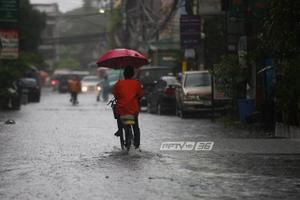 อุตุฯ เตือน ทั่วประเทศ มีฝนฟ้าคะนอง กรุงเทพฯ ฝนร้อยละ 60