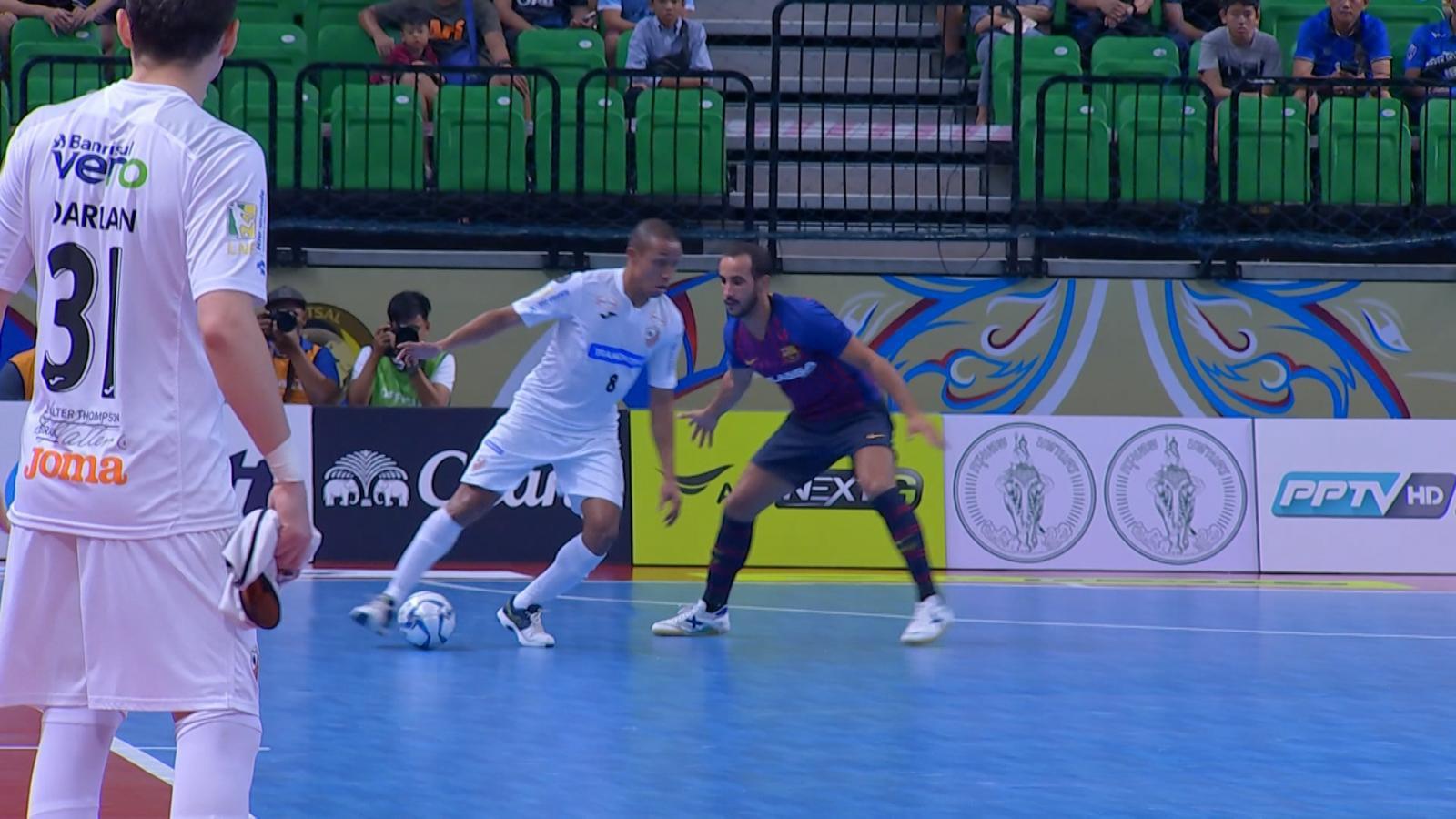 คาร์ลอส บาร์โบซ่า พลิกแซงชนะ บาร์ซ่า ลาสซ่า 3-1