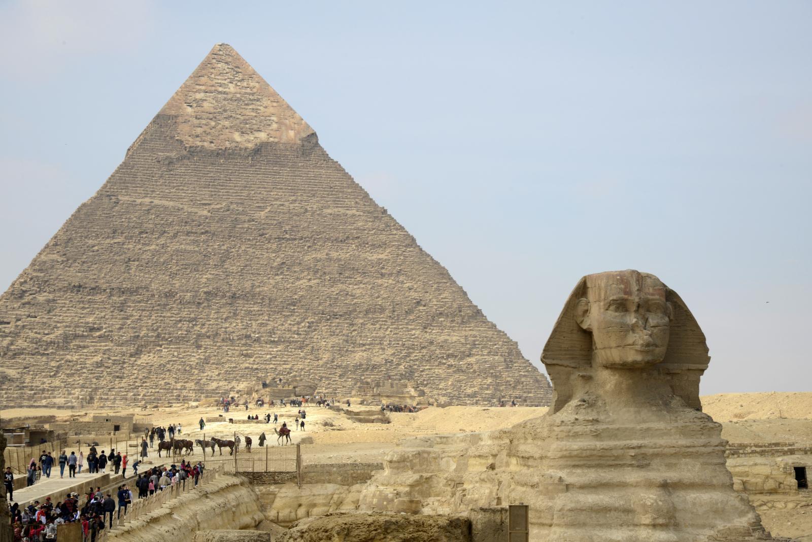 """อียิปต์โต้ """"อีลอน มัสก์'หลังทวิตชี้พีระมิดสร้างโดยเอเลียน"""